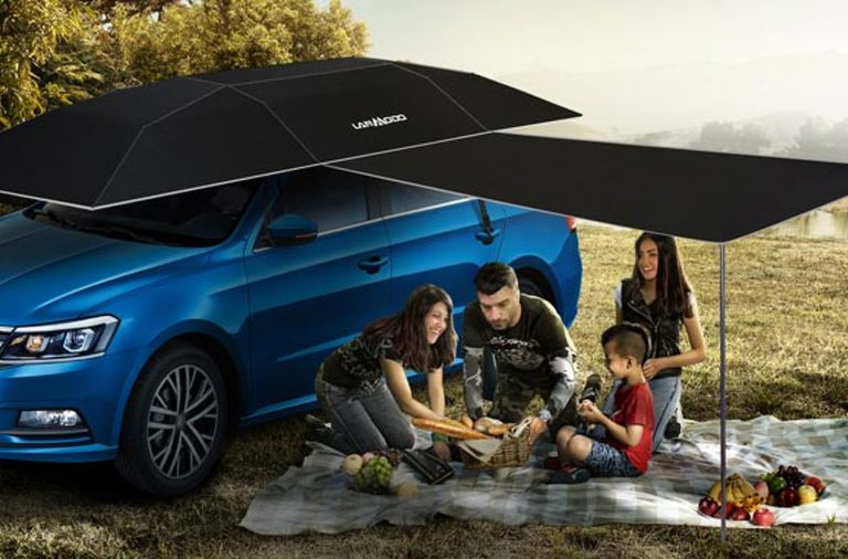 The Car Umbrella Makes Your Life Easier